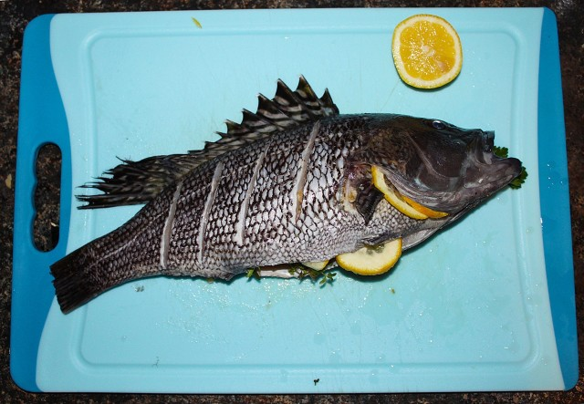 how to use a bbq fish grill for whole fish