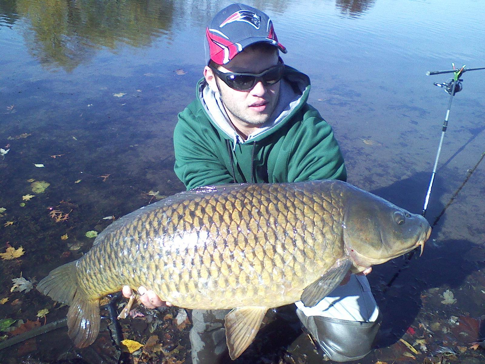 Richard Jansak (Uranium Lad) with his new personal best 24lb common!