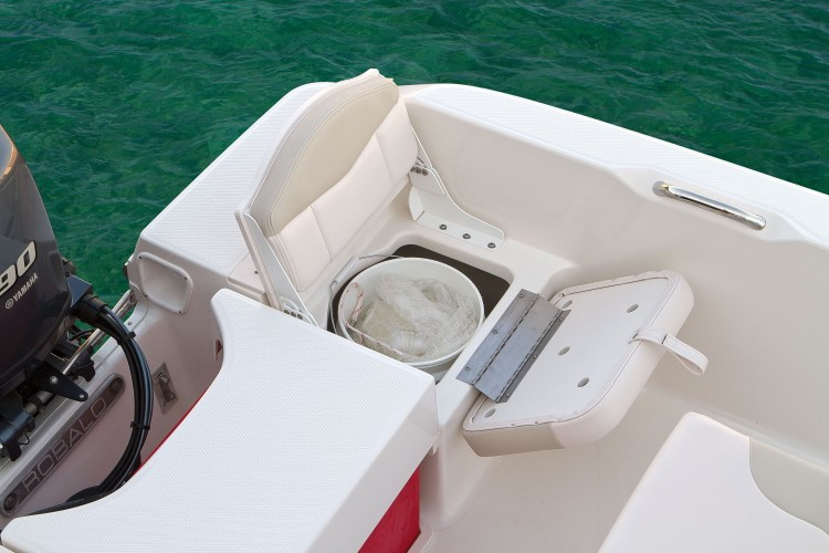Dedicated storage for the boater's best friend - the 5-gallon bucket.