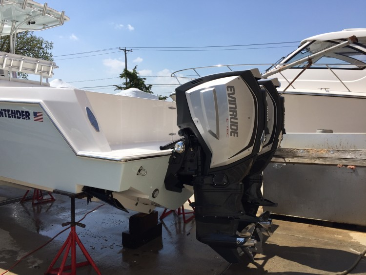 Engine Test: Evinrude E-Tec G2 - On The Water