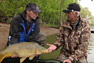 On The Water TV host Chris Megan with Iain Sorrell of Saxon Tackle