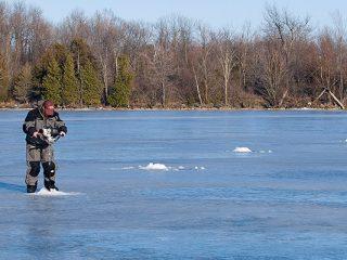 sight fishing on ice