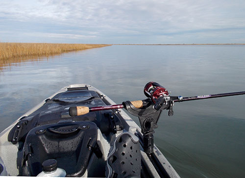 A forward-mounted rod holder keeps the rod in plain view so the angler can make sure the lure is swimming correctly and not covered in weeds.