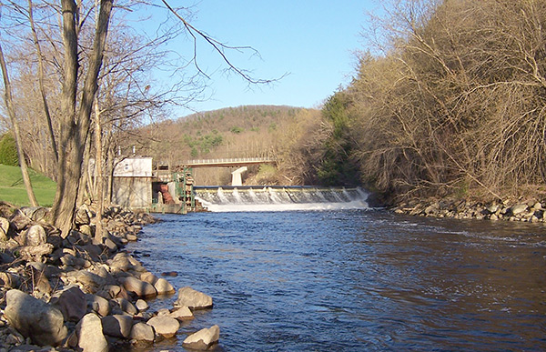 Fiske Mill Dam in Hinsdale