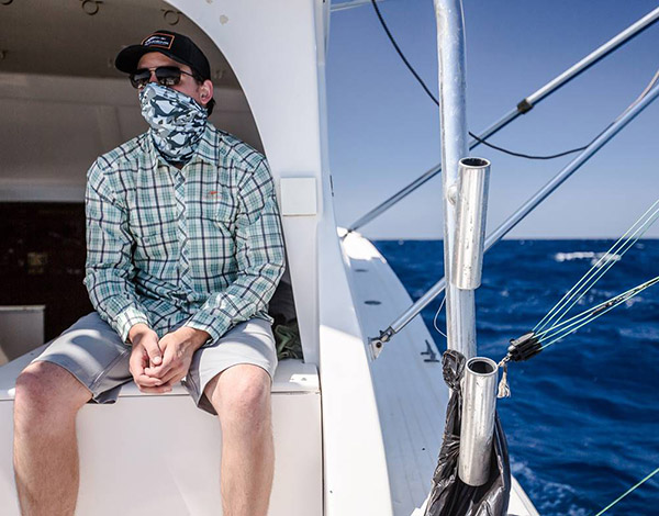 Grund ns combines professional grade toughness with style for Neck gaiter fishing
