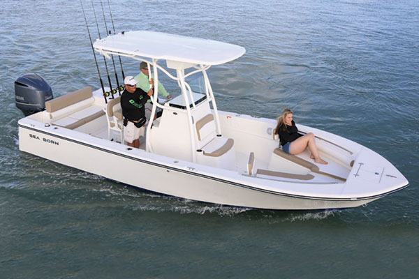 2017 boat buyer 39 s guide on the water for Best boat for fishing and family