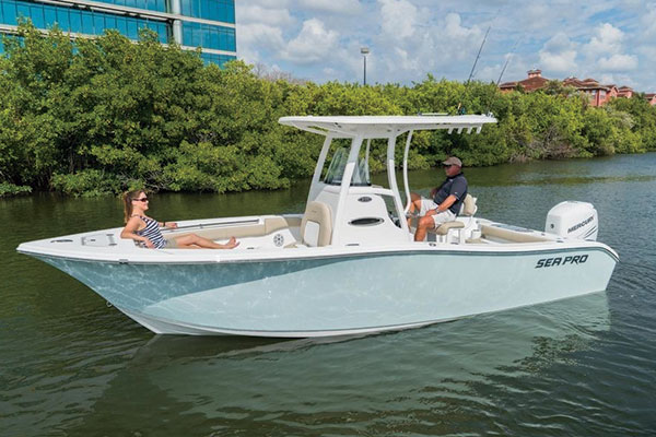 2017 Boat Buyer S Guide On The Water