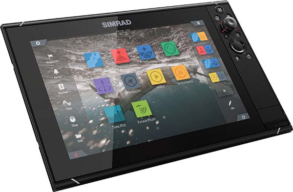 Simrad NSS evo3 Multifunction Displays