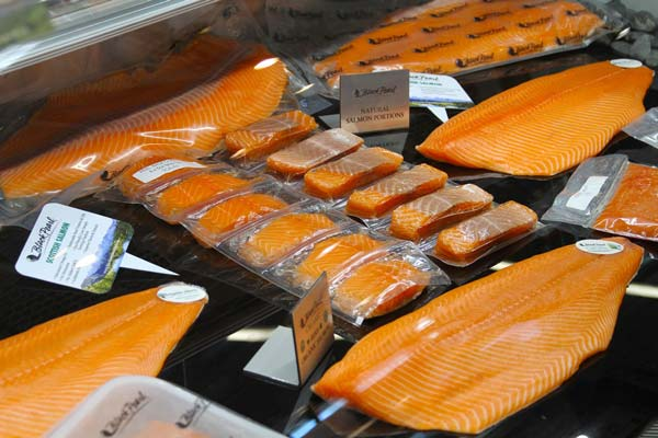 booths selling smoked salmon