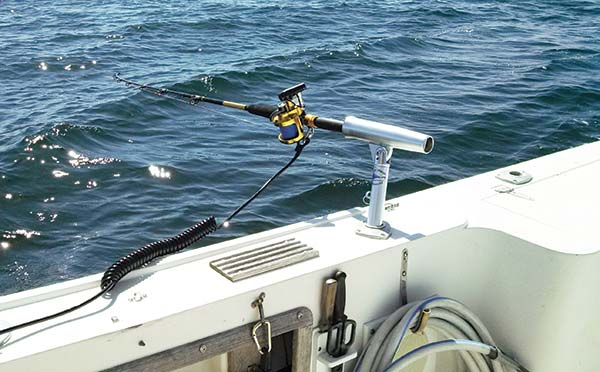 Outrodders position the rods horizontally away from the boat