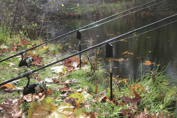 Most carp fishermen will fish two rods