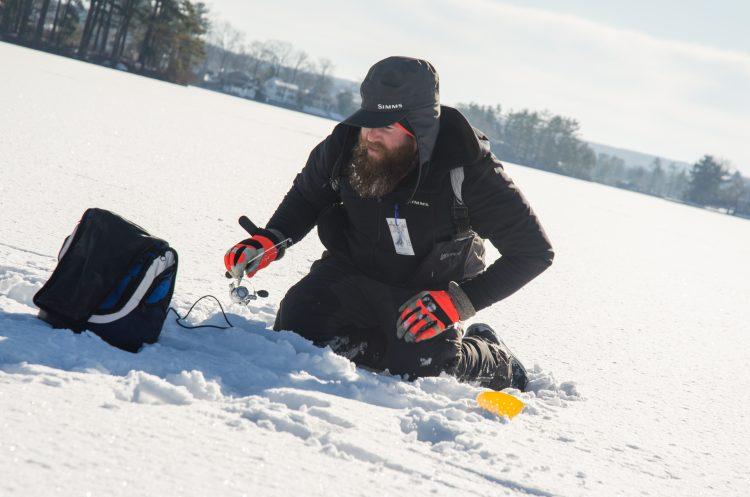 ice fishing jigging bass electronics massachusetts