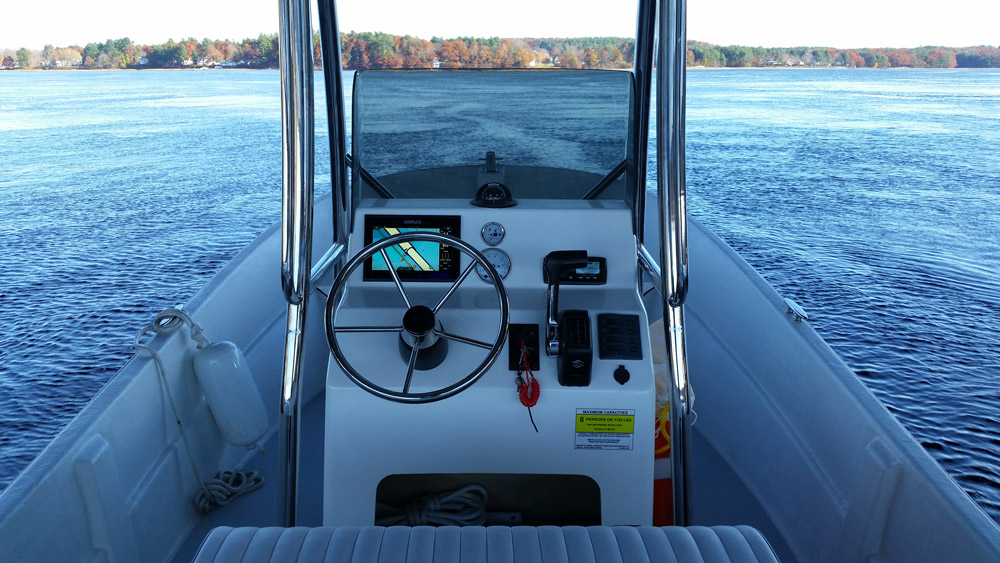 Maritime Boats 2090 Skiff helm