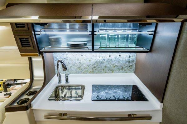 Grady-White Canyon 456 kitchen