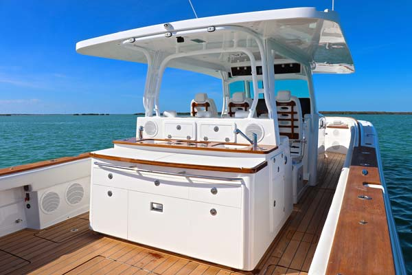 HCB's yacht-inspired summer kitchen