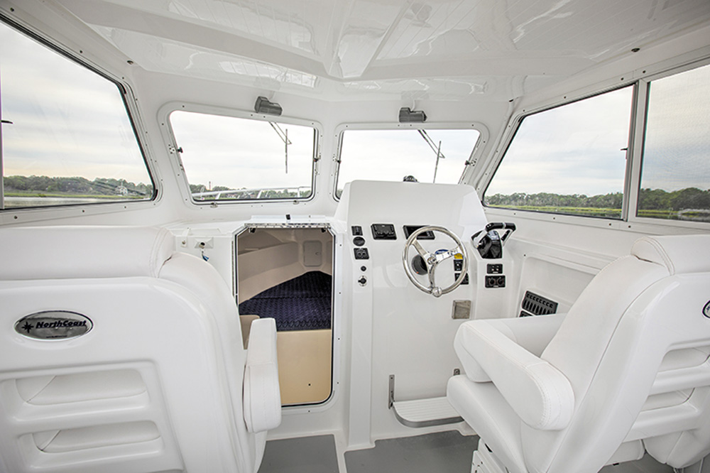 NorthCoast Boats 255HT cockpit