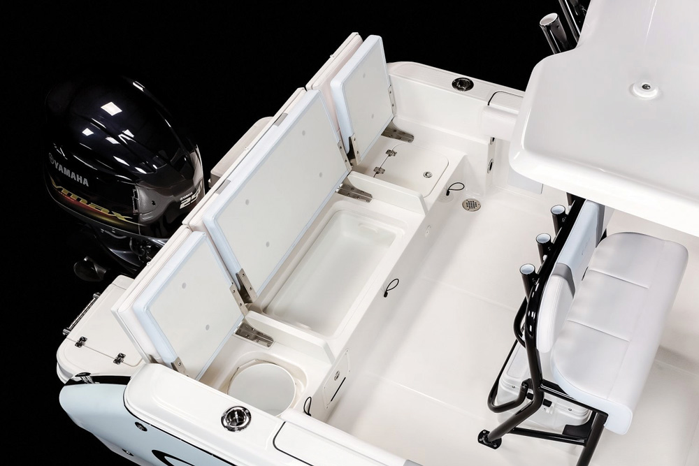 Robalo R230 transom boxes