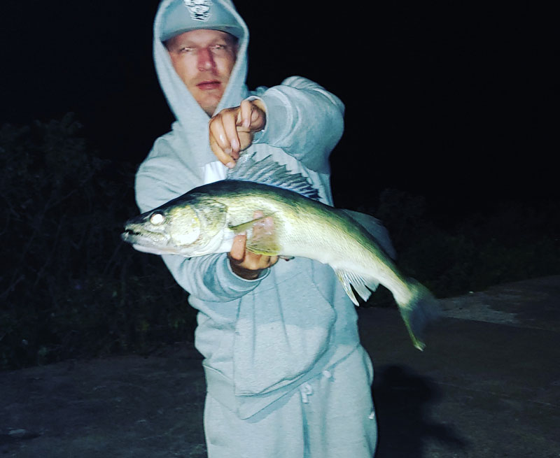 Brian Hess walleye