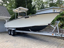 23' 1987 ORIGINAL SEACRAFT CENTER CONSOLE