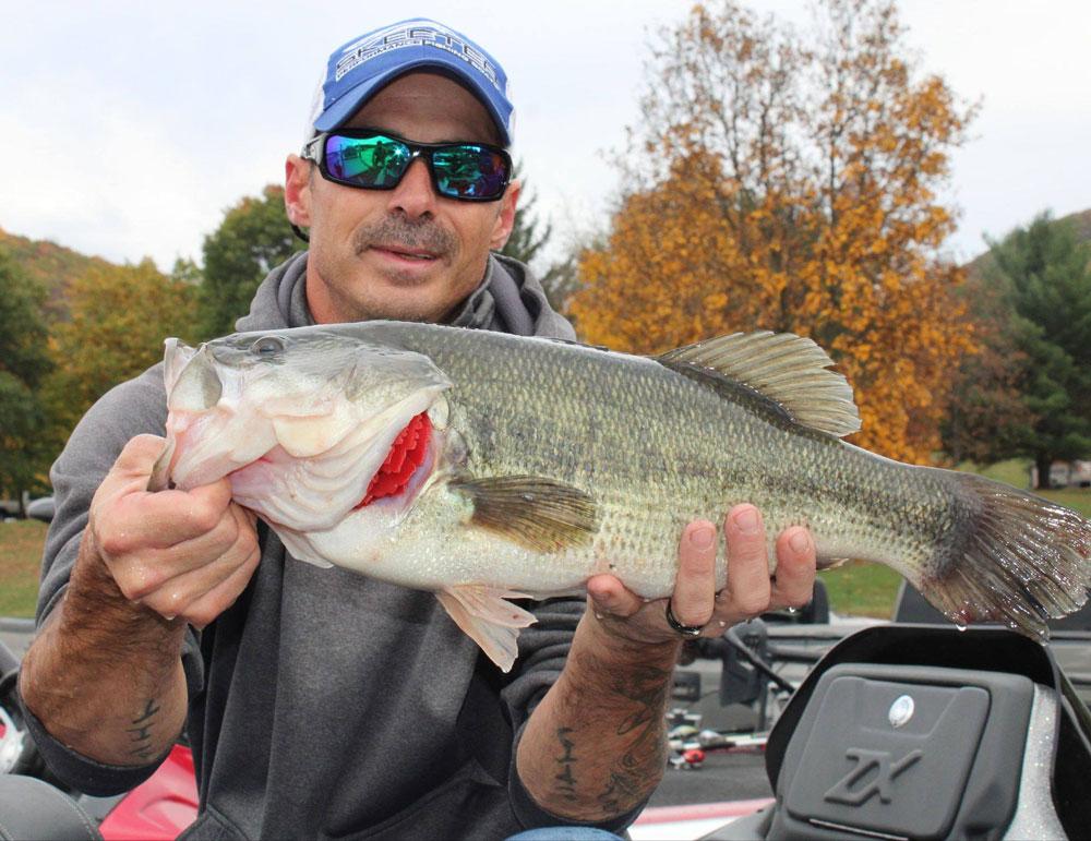Brett Flynn largemouth bass