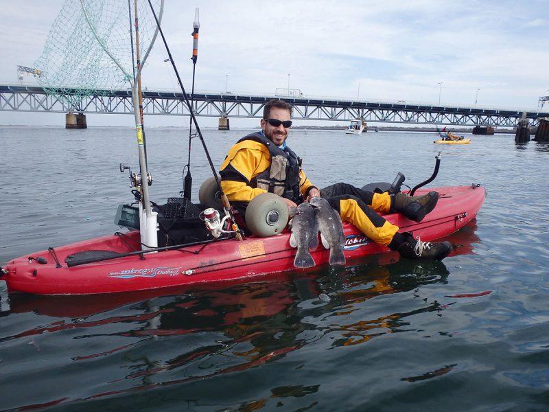 pair of kayak tautog