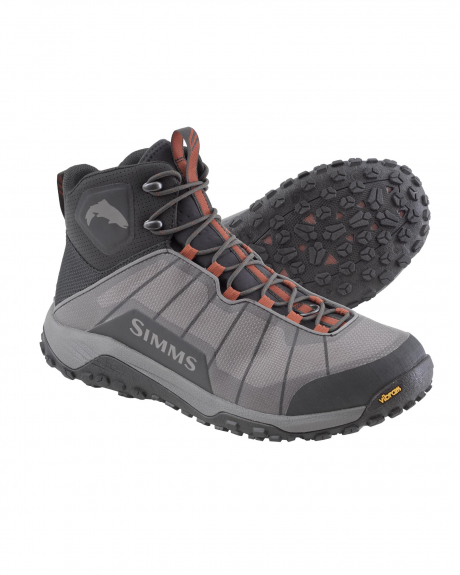A lightweight and low profile boot, the Simms Flyweight weighs 40-ounces, offering comfort for long days on the water.