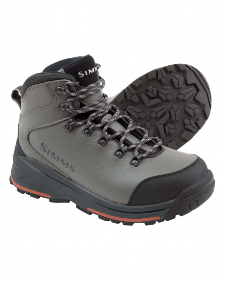 The Women's Freestone Wading Boots by Simms provide comfort, support, durability, and value, for all day-stability and traction on trails, sandy beaches, or slick river bottoms.