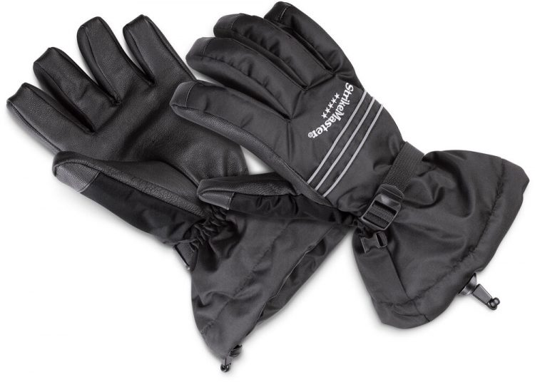 The StrikeMaster Heavyweight Gloves are suited for fishing in poor weather conditions; wind, wintry mixes, and cold rain.